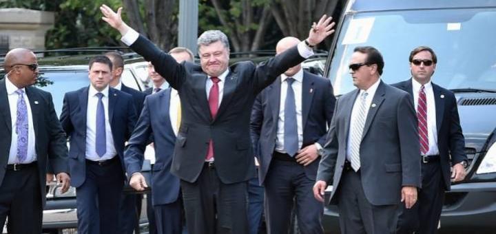 «О, свиньи в море зашли»: соцсети ехидно высмеяли украинцев с их безвизом